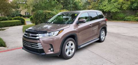 2019 Toyota Highlander for sale at Motorcars Group Management - Bud Johnson Motor Co in San Antonio TX