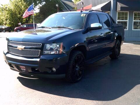 2007 Chevrolet Avalanche for sale at Stoltz Motors in Troy OH