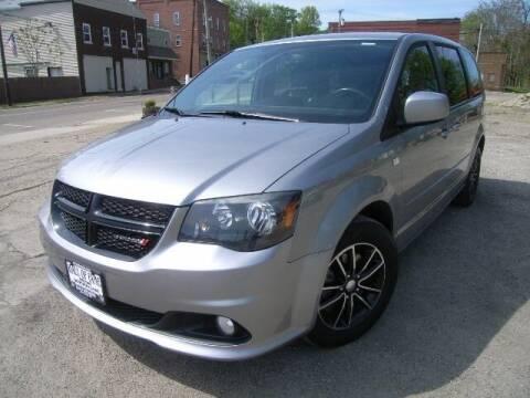 2014 Dodge Grand Caravan for sale at HALL OF FAME MOTORS in Rittman OH