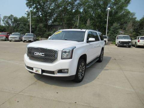 2015 GMC Yukon XL for sale at Aztec Motors in Des Moines IA