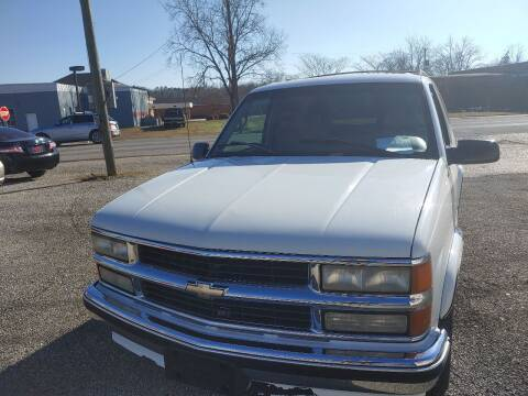 1996 Chevrolet Tahoe for sale at VAUGHN'S USED CARS in Guin AL