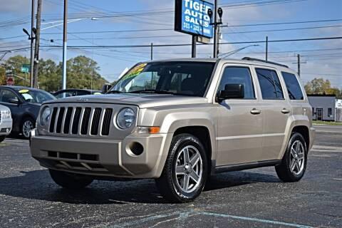 2010 Jeep Patriot for sale at TIGER AUTO SALES INC in Redford MI