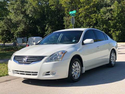 2012 Nissan Altima for sale at L G AUTO SALES in Boynton Beach FL