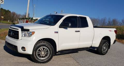 2010 Toyota Tundra for sale at WEIKLES SPECIALTY in Felton PA