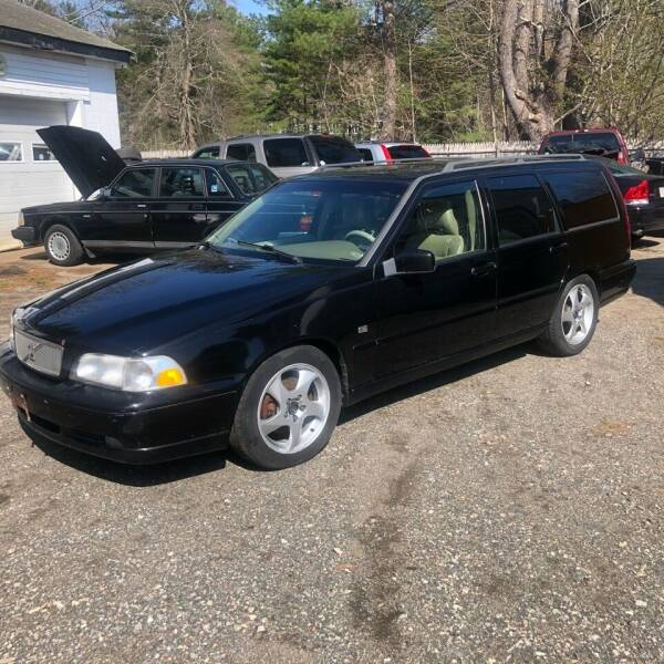 1998 Volvo V70 for sale at Specialty Auto Inc in Hanson MA