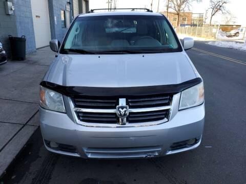 2009 Dodge Grand Caravan for sale at SUNSHINE AUTO SALES LLC in Paterson NJ