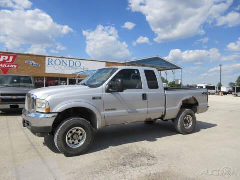 2002 Ford F-250 Super Duty for sale at Rondo Truck & Trailer in Sycamore IL