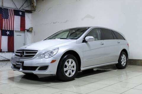 2007 Mercedes-Benz R-Class for sale at ROADSTERS AUTO in Houston TX