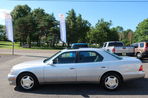 1999 Lexus LS 400 for sale at GEG Automotive in Gilbertsville PA