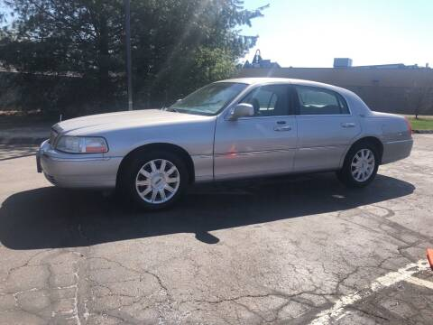 2007 Lincoln Town Car for sale at Branford Auto Center in Branford CT