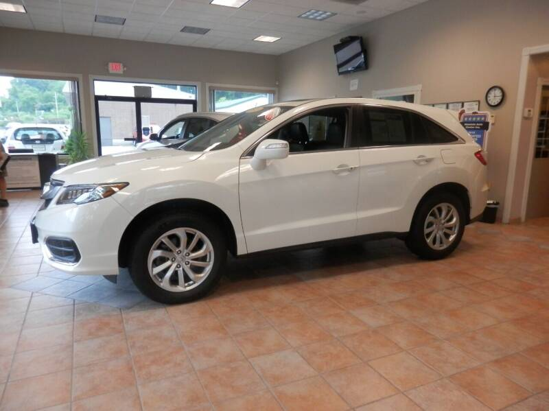 2018 Acura RDX for sale at ABSOLUTE AUTO CENTER in Berlin CT