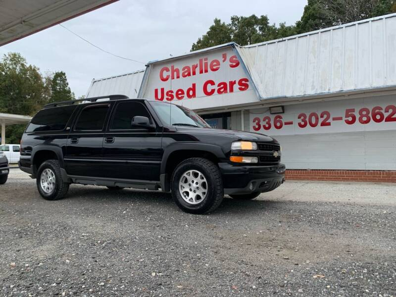 2002 Chevrolet Suburban for sale at Charlie's Used Cars in Thomasville NC