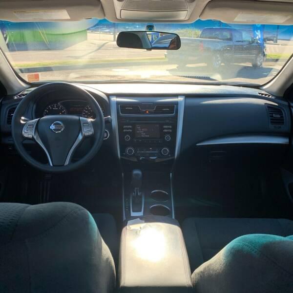 2015 Nissan Altima 2.5 S 4dr Sedan - Roseburg OR