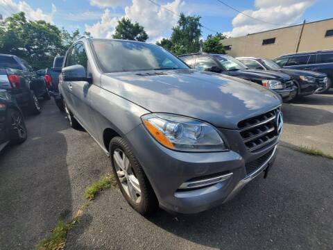 2013 Mercedes-Benz M-Class for sale at AW Auto & Truck Wholesalers  Inc. in Hasbrouck Heights NJ