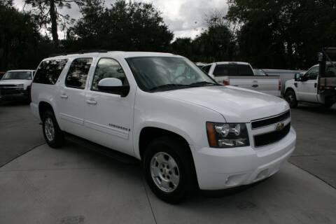 2009 Chevrolet Suburban for sale at Mike's Trucks & Cars in Port Orange FL