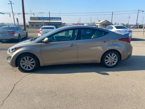2015 Hyundai Elantra for sale at First Choice Auto Sales in Bakersfield CA