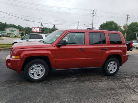 2009 Jeep Patriot for sale at COLONIAL AUTO SALES in North Lima OH