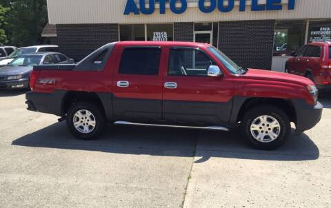 2005 Chevrolet Avalanche for sale at Truck and Auto Outlet in Excelsior Springs MO