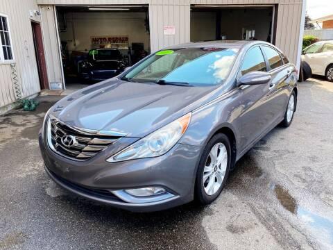 2011 Hyundai Sonata for sale at Dijie Auto Sale and Service Co. in Johnston RI