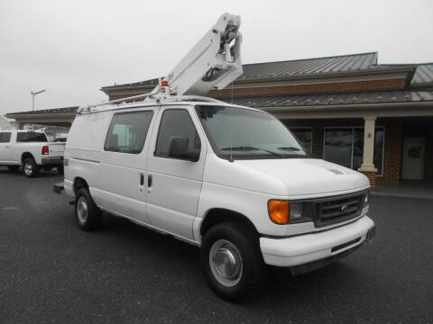 2004 Ford E-Series Cargo for sale at Nye Motor Company in Manheim PA
