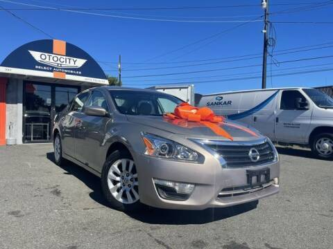 2014 Nissan Altima for sale at OTOCITY in Totowa NJ