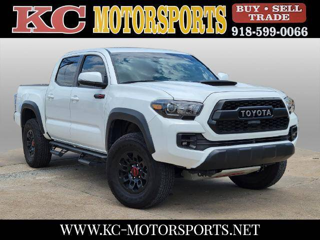 2019 Toyota Tacoma for sale at KC MOTORSPORTS in Tulsa OK