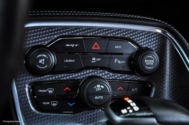 2016 Dodge Challenger SRT Hellcat 2dr Coupe - Atlanta GA