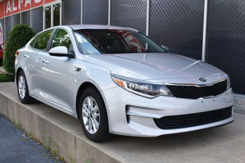 2017 Kia Optima for sale at Alfa Romeo & Fiat of Strongsville in Strongsville OH