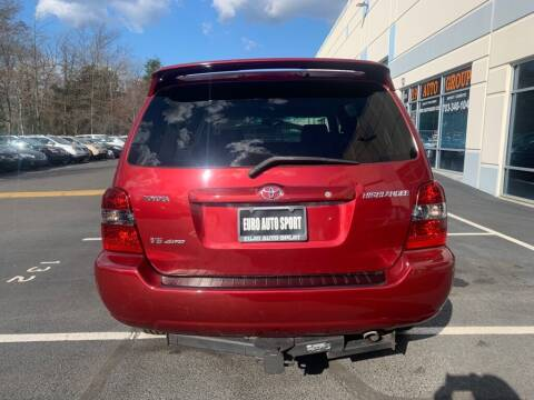 2004 Toyota Highlander for sale at Euro Auto Sport in Chantilly VA