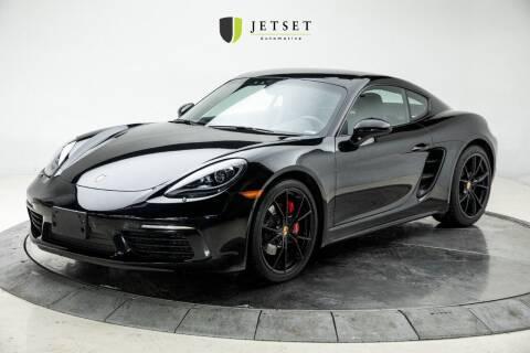 2017 Porsche 718 Cayman for sale at Jetset Automotive in Cedar Rapids IA