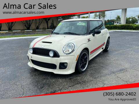 2010 MINI Cooper for sale at Alma Car Sales in Miami FL
