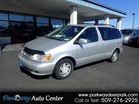 2003 Toyota Sienna for sale at PARKWAY AUTO CENTER AND RV in Deer Park WA