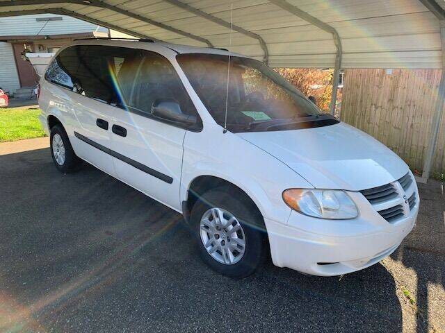 2005 Dodge Grand Caravan for sale at Edens Auto Ranch in Bellaire OH