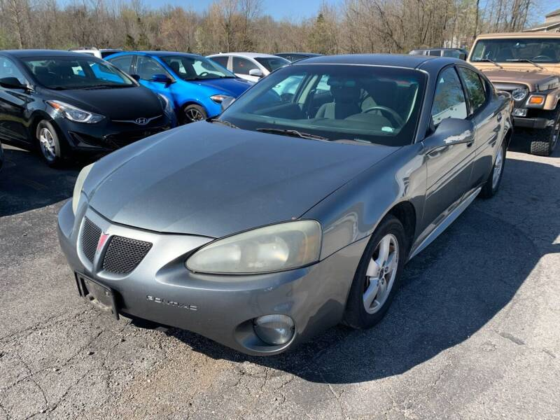 2005 Pontiac Grand Prix for sale at Best Buy Auto Sales in Murphysboro IL