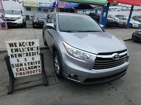2016 Toyota Highlander for sale at Cedano Auto Mall Inc in Bronx NY