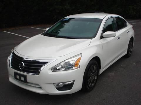 2013 Nissan Altima for sale at Uniworld Auto Sales LLC. in Greensboro NC