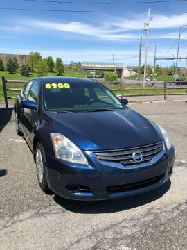 2010 Nissan Altima for sale at Cool Breeze Auto in Breinigsville PA