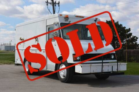 2001 International 1652 for sale at Signature Truck Center - Step Van-Food Truck in Crystal Lake IL