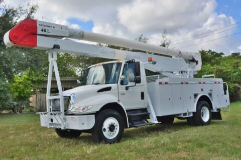 2004 International DuraStar 4400 for sale at American Trucks and Equipment in Hollywood FL