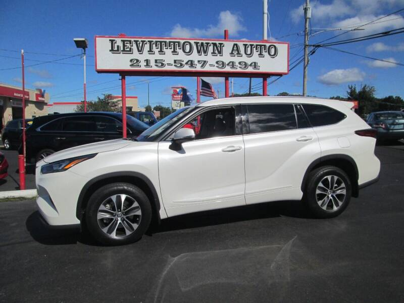 2020 Toyota Highlander for sale at Levittown Auto in Levittown PA