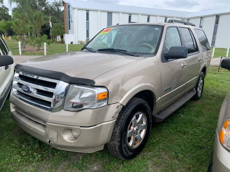 2008 Ford Expedition for sale at EXECUTIVE CAR SALES LLC in North Fort Myers FL