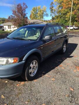 2001 Volvo V70 for sale at MILLDALE AUTO SALES in Portland CT