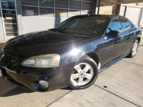 2005 Pontiac Grand Prix for sale at Car Planet Inc. in Milwaukee WI
