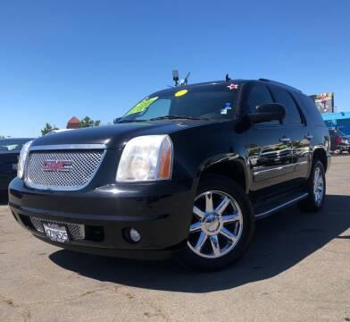 2010 GMC Yukon for sale at LUGO AUTO GROUP in Sacramento CA