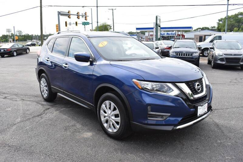 2017 Nissan Rogue for sale at World Class Motors in Rockford IL