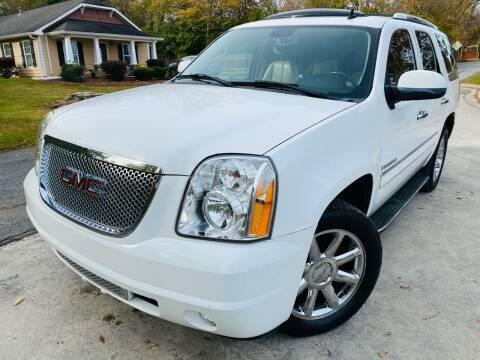 2007 GMC Yukon for sale at Cobb Luxury Cars in Marietta GA