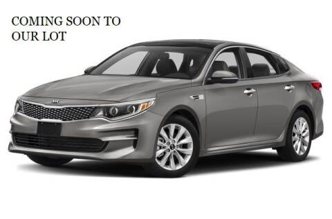 2013 Kia Optima for sale at FASTRAX AUTO GROUP in Lawrenceburg KY
