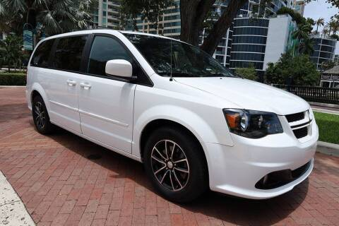 2016 Dodge Grand Caravan for sale at Choice Auto in Fort Lauderdale FL