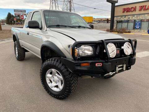 2004 Toyota Tacoma for sale at New Wave Auto Brokers & Sales in Denver CO