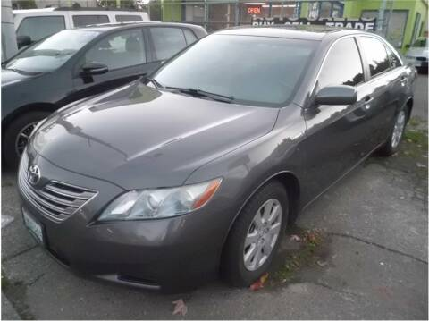 2009 Toyota Camry Hybrid for sale at Klean Carz in Seattle WA